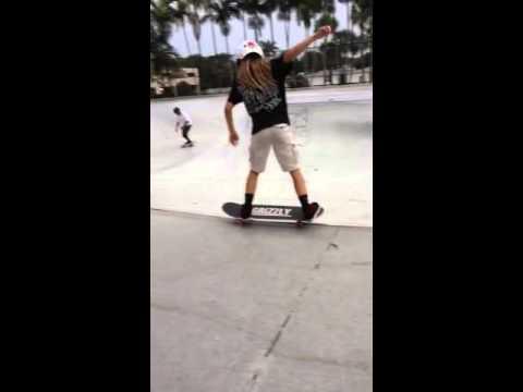 Hanna Himes 9 year old girl skateboarder
