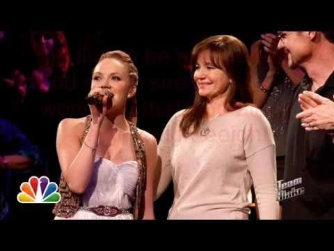 Danielle Bradbery - Who I Am (Lyrics)