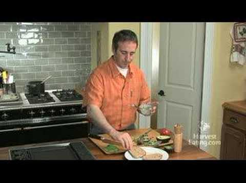 Video Recipe: Tomato & Avocado Sandwich