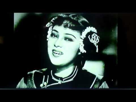 Li Xianglan (Yoshiko Yamaguchi) in Glory to Eternity 1943 万世流芳