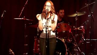 Ingrid Michaelson - Maybe live at Nokia Theatre, NYC [16/16]