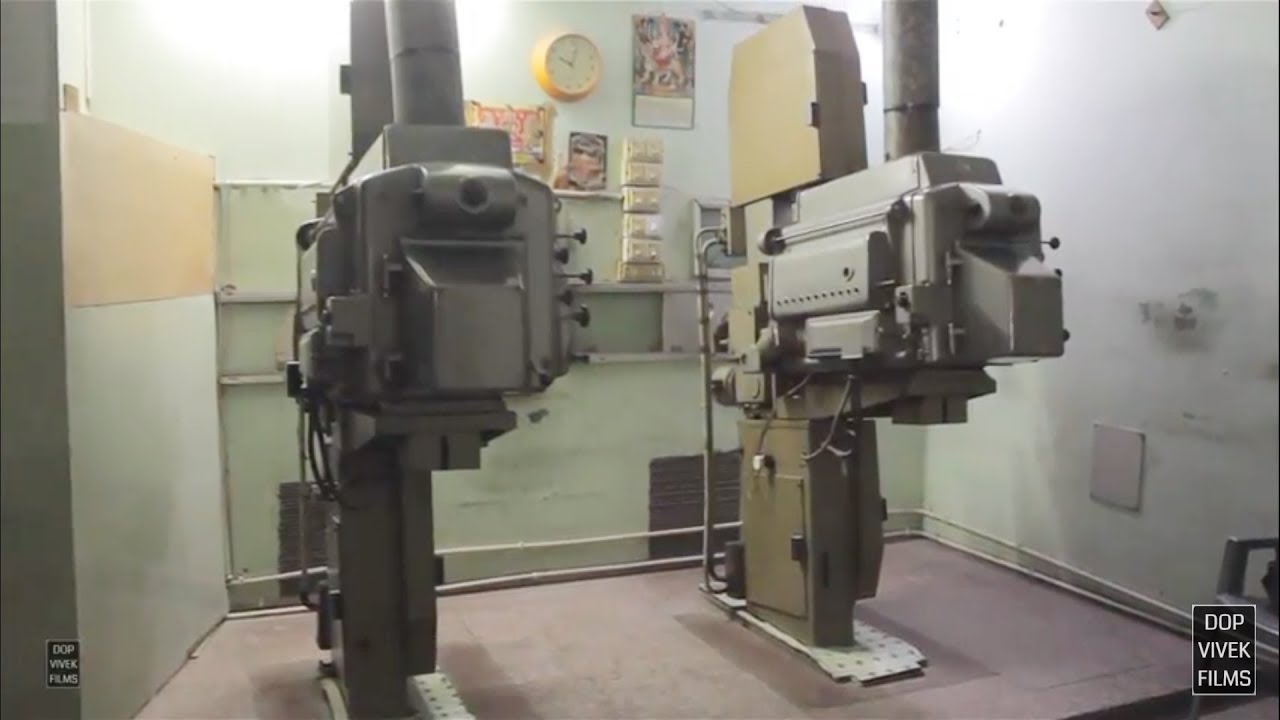 35mm Film Projector - Tour of a Movie Theater Projection Room [HD]
