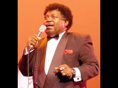 Percy Sledge     -       ( Sittin' On )  The Dock Of The Bay