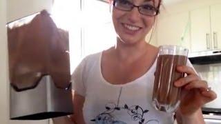 Chocolate Smoothie: Paleo Breakfast Recipe #6