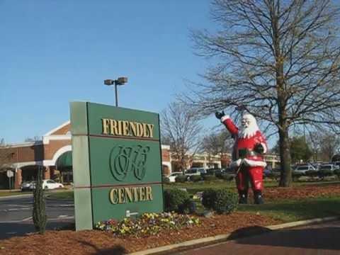Rising Santa at Friendly Center, Nov 27, 2009