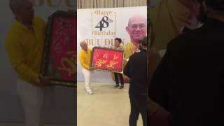 Trường Giang háo hức cùng ông chủ Điền Quân bóc quà sinh nhật - Diamond Place
