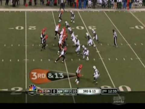Darrelle Revis Covers & Frustrates Ochocinco vs CIN.wmv