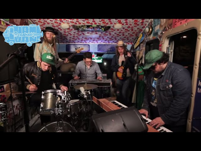 natural-child-dont-the-time-pass-quickly-live-at-burgerama-ii-jaminthevan-jam-in-the-van