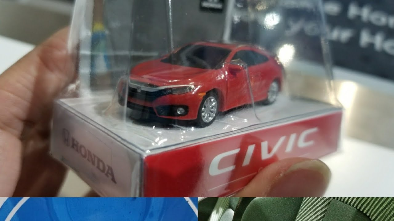Honda Civic Keychain Pullback Toy With Working Lights Collectable