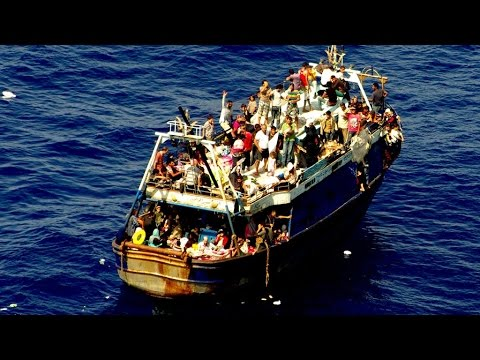 Hundreds of migrants feared dead in capsize off Libya