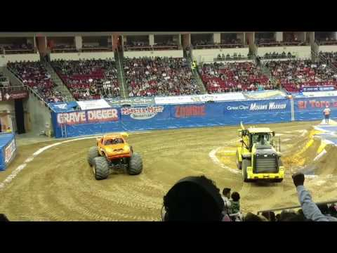 Fresno Monster Jam save mart Center