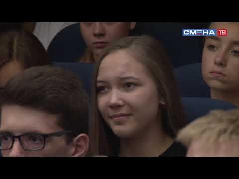 В «Смене» прошел концерт образцового народного коллектива эстрадной песни «Соловушка»