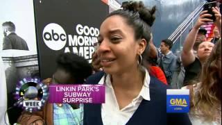 Скачать Linkin Park Surprise Concert At Grand Central Station For Fans
