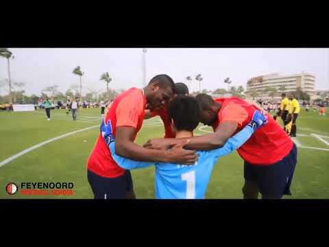 3 football stars from the egyptian league vs 60 feyenoord players