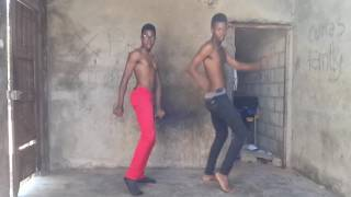 4 MOZ Ta Bater - XPLORE BOYS (Teddy Breezynho & Puto Eddy)