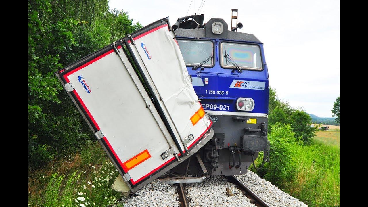 Wypadek na na przejeździe w Leszczynach – 17 lipca 2017