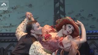 """""""Чайная"""" (хореография - Ю. Царенко). """"Русский национальный балет """"Кострома"""", съемка 2015 года."""