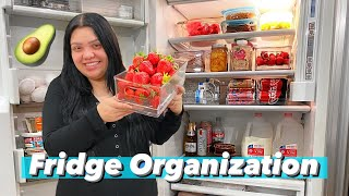 Organizing + Cleaning Out my Fridge!