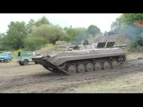 Wilde Fahrt im BMP Panzer