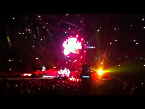 Fix You - Coldplay - United Center Chicago - 8.8.12