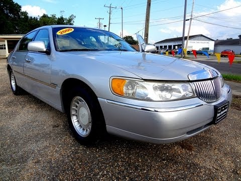 2000 Lincoln Town Car Executive Youtube