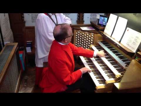 Peter Beaven plays the mighty Allen Organ at the Royal Military Academy Chapel - take two