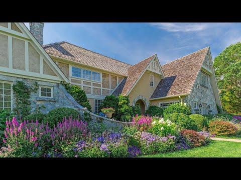 172 Cedar St - East Hampton Village Fringe, New York