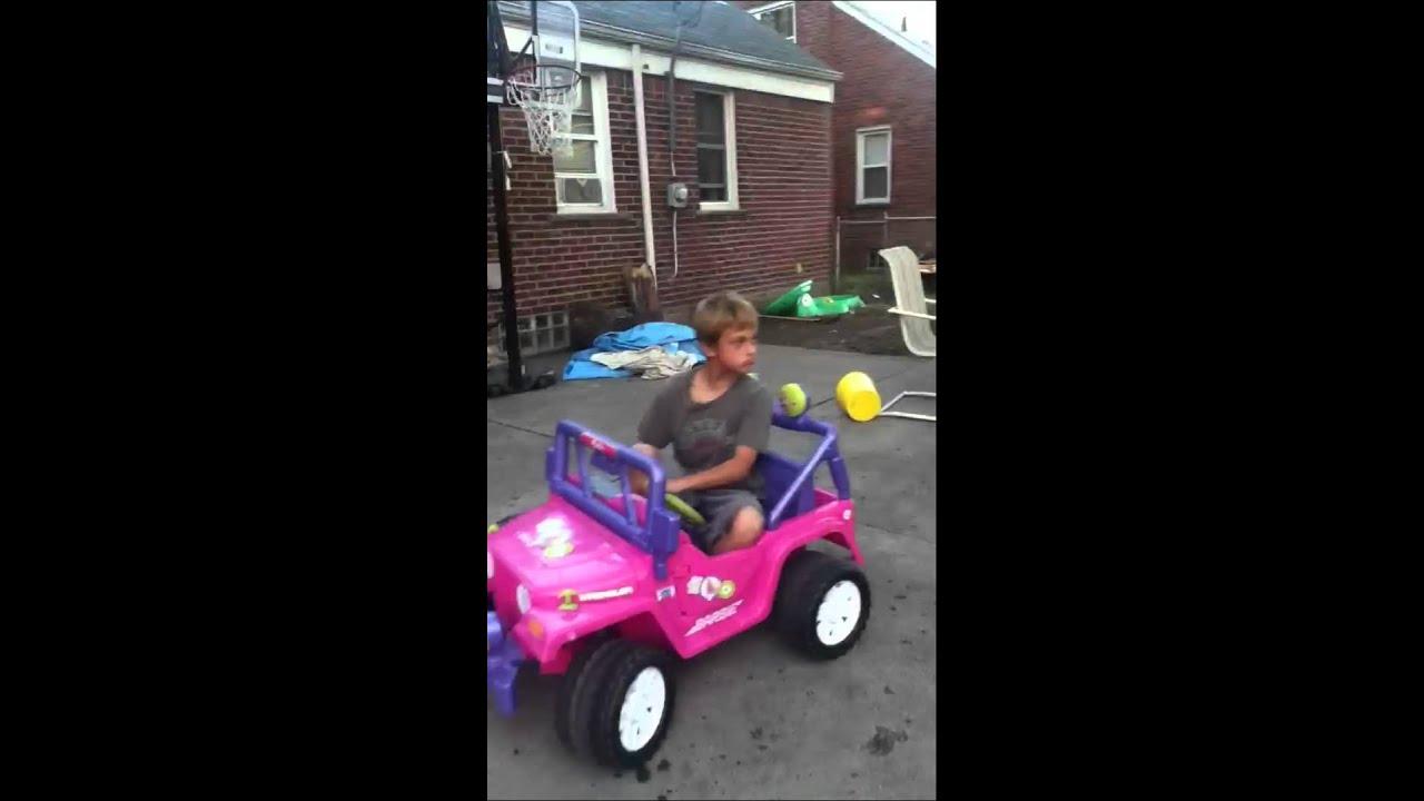 kids fails to ride barbie car