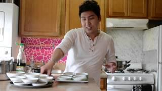 Bánh bèo chén là một món ăn rất Nam Bộ, dễ làm, dễ ăn. Duy muốn làm...