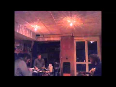 Taraf de Funicular - Surfin' Zombie