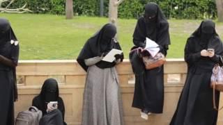How to wear white and black niqab ? طرق لبس النقاب على انستغرامي