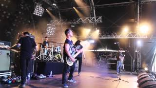 "Twitching Tongues ""Disharmony"" (Live from Hellfest 2015)"