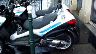 MaxiAvenue.com Scooter MP3 Piaggio Police Municipale