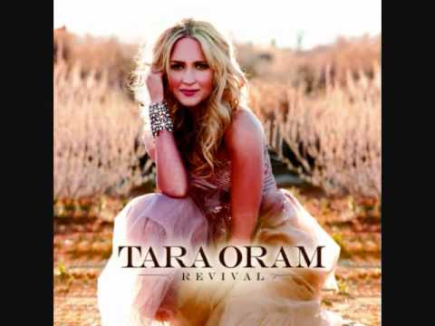 Tara Oram - When You're Lonely - Studio Version - Official Music Video - New Song 2011 + Lyrics