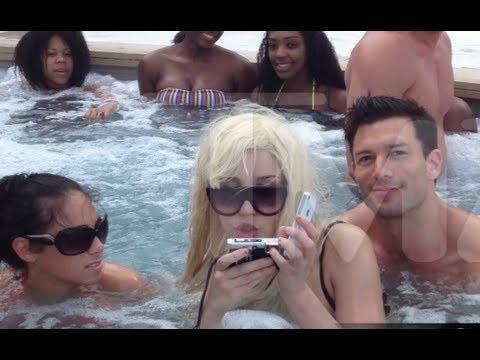 Amanda Bynes Hot Tub 108