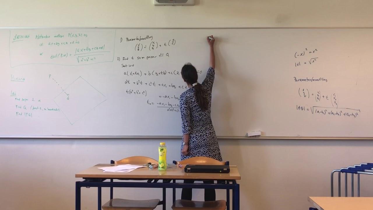 Bevis for formlen for afstand fra punkt til plan med 3gMA/1 2018