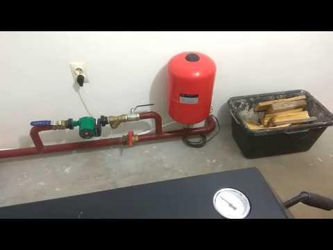 как настроить расширительный бак не снимая и не сливая воды с системы отопления.