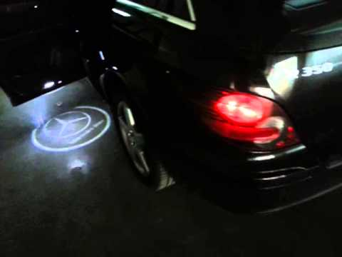 Nieuw led logo shadow light r klasse mercedes benz youtube for Mercedes benz symbol light