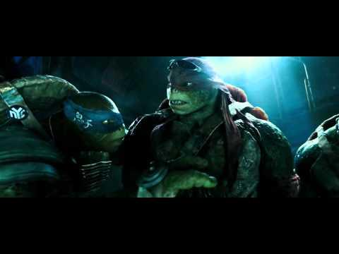 Ninja Turtles 2014 HD - Sneaking into the lair