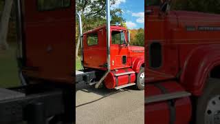 318 Detroit in Dad's old 1972 Transtar 4200