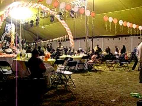 Bandazo jardin de fiestas jasmin youtube for Jardines para eventos