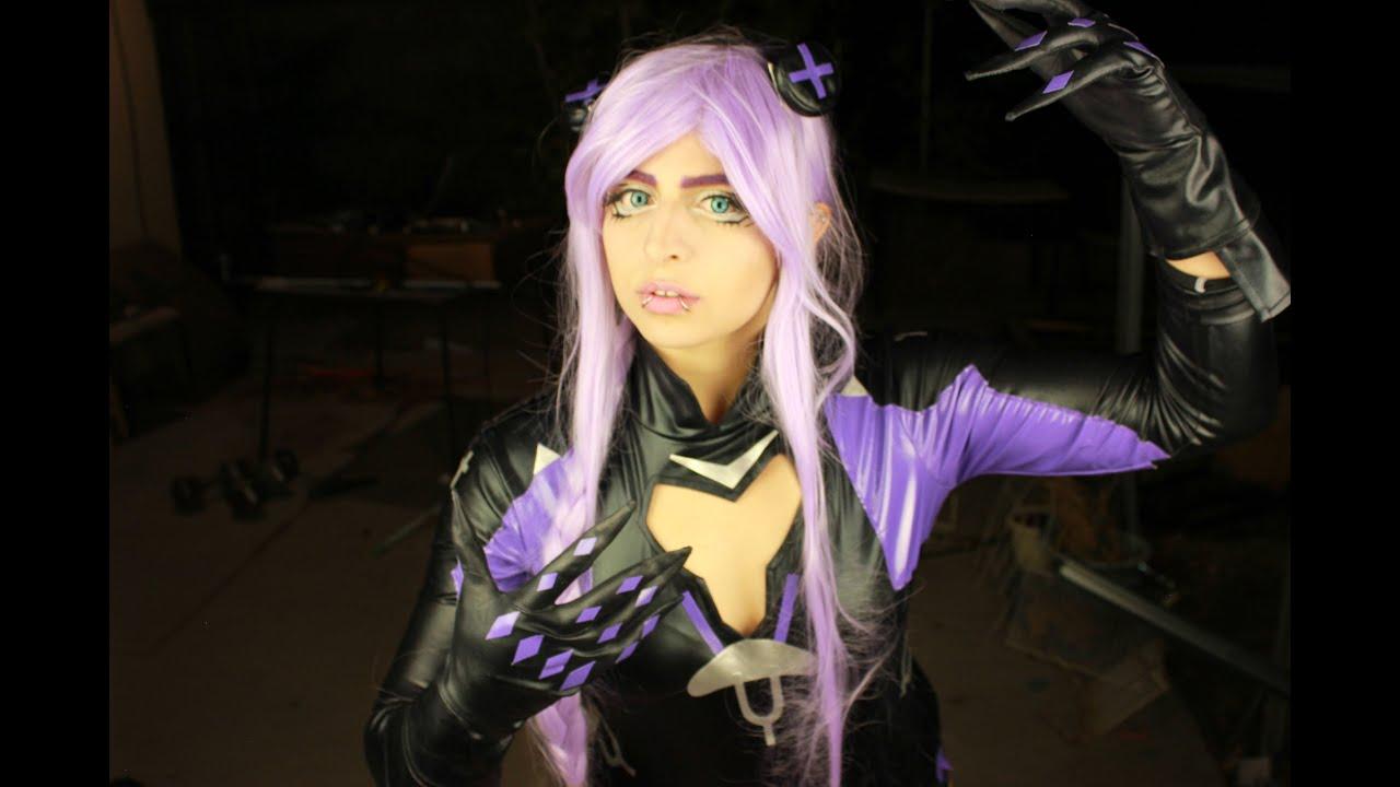 Hyperdimension neptunia purple heart cosplay