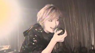 Gambar cover Ayumi Hamasaki - Fly high (すべてはきっと この手にある)
