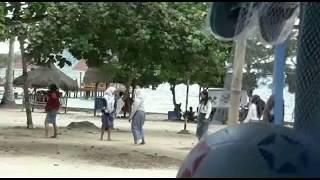 ngintip anak sekolah SMA sedang bermain dipantai klara, Lampung.