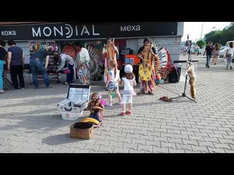 Индейцы в Уфе, красивая музыка