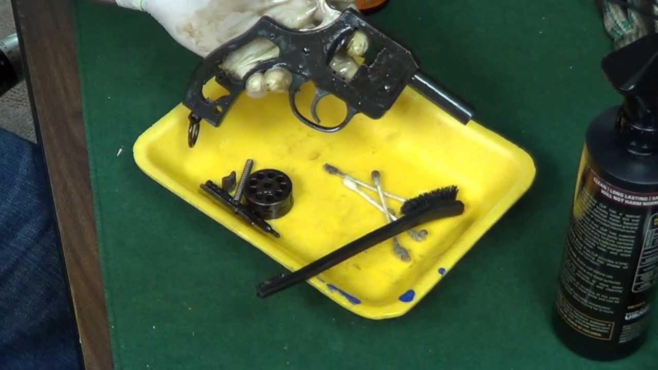 Starter Pistol Cleaning ( NEF New England Firear