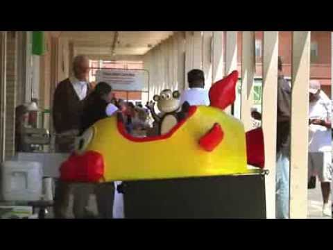 Jackass Presents: Bad Grandpa - 'Broken Ride' Clip