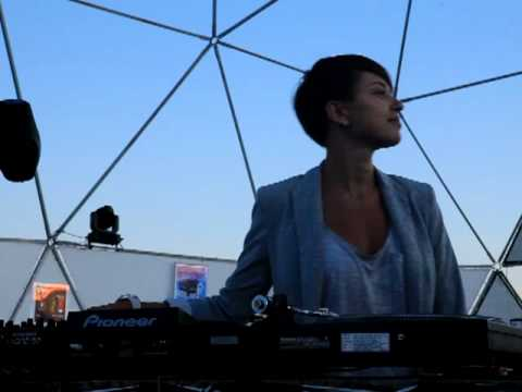 Kazantip 2011 Z19 last sunset DJ Nastia aka Beauty part 4 ... Nastia Dj