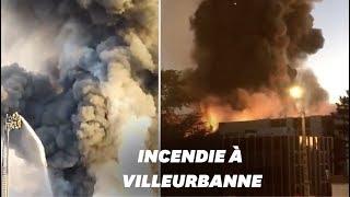 Les images de l'incendie d'un entrepôt à Villeurbanne