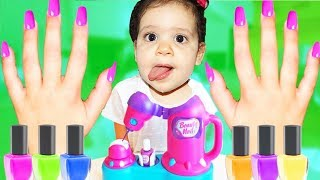 sami and amira PRETEND PLAY MAKEUP TOYS FOR KIDS COMPILATION